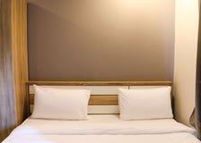 Bâti dans la chambre à coucher Photographie stock libre de droits