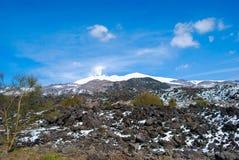Bâti de l'Etna en Sicile avec la neige Photographie stock