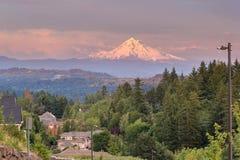 Bâti Hood Evening Alpenglow à la vallée heureuse Image libre de droits