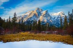 Bâti Kidd, une montagne à Kananaskis dans le Canadien Rocky Mountains, Alberta photographie stock libre de droits