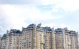 Bâtiment à plusiers étages Images stock