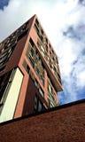 Bâtiment à plusiers étages moderne Photo libre de droits