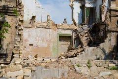 Bâtiment abandonné et désolé en Ukraine, Donbass Image libre de droits
