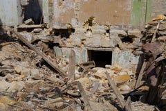 Bâtiment abandonné et désolé en Ukraine, Donbass Images libres de droits