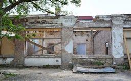 Bâtiment abandonné et ruiné Photo stock