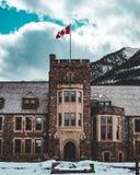Bâtiment administratif de parc national de Banff images stock