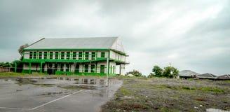 Bâtiment après pluie photos libres de droits