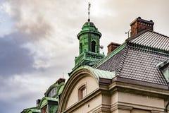 Bâtiment avec le toit de cuivre Photographie stock libre de droits