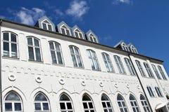 Bâtiment blanc dans Svendborg image libre de droits