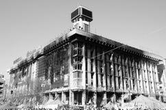 Bâtiment brûlé en capitale ukrainienne Images stock