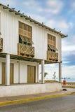 Bâtiment colonial espagnol de style, La Libertad, Equateur Images libres de droits