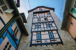 Bâtiment coloré - Colmar Tropicale Images stock