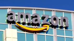Bâtiment d'Amazone banque de vidéos
