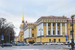 Bâtiment d'Amirauté dans le St Petersbourg Image stock