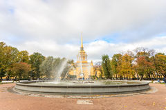 Bâtiment d'Amirauté, St Petersburg Photo stock