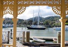 Bâtiment d'héritage de bassin de marina et de ville de Whangarei Photos libres de droits