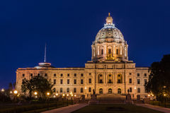 Bâtiment de capitol d'état du Minnesota la nuit Images stock