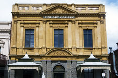 Bâtiment de galerie d'art de vintage image libre de droits