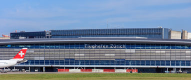 Bâtiment de l'aéroport de Zurich Photographie stock libre de droits