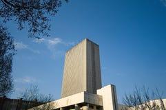 Bâtiment de la bibliothèque dans le style néoclassique images libres de droits