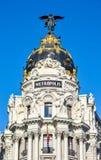 Bâtiment de métropole sur la rue de Gran Via, Madrid, Espagne image libre de droits