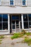 Bâtiment de magasin vide dans Mainesburg images stock