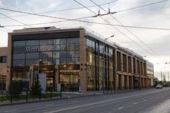 Bâtiment de Mercedes-Benz et de la voiture d'AMG se vendant et centre de service Photo libre de droits
