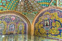 Bâtiment de palais de Golestan de Karim Khan des murs de Zand Images libres de droits