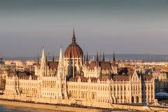 Bâtiment du Parlement au coucher du soleil, Budapest Hongrie Photographie stock libre de droits
