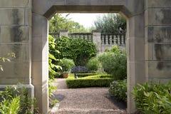 Bâtiment et paysages en Dallas Arboretum photo stock