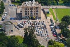 Bâtiment et stationnement de Cinestar photo libre de droits