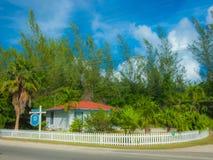 Bâtiment grand d'association de Caïman-tourisme images libres de droits