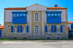 Bâtiment historique dans Alacati, Izmir, Turquie Photos stock