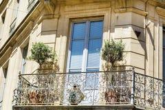 Bâtiment italien typique avec la fenêtre antique à Vérone Image libre de droits