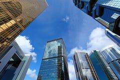 Bâtiment moderne au ciel photo stock