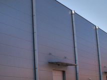 Bâtiment moderne avec la façade en aluminium photo stock