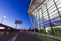 Bâtiment moderne d'aéroport de Lech Valesa à Danzig Photographie stock libre de droits