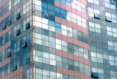 Bâtiment moderne d'affaires de Windows Photographie stock