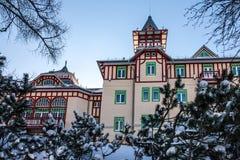 Bâtiment moderne d'hôtel, station de sports d'hiver de la Slovaquie Photos stock
