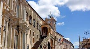 Bâtiment municipal de Tarquinia images libres de droits