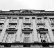 Bâtiment néoclassique d'université Image stock