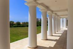 Bâtiment néoclassique grec d'architecture image stock