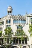 Bâtiment résidentiel de style de modernisme, Barcelone images stock