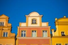Bâtiments à la place principale de Jelenia Gora Photographie stock libre de droits