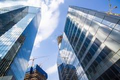 Bâtiments ayant beaucoup d'étages de centre d'affaires de Moscou photo stock