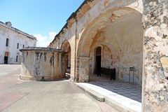 Bâtiments chez Castillo San Cristobal Images libres de droits