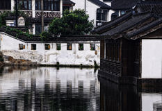Bâtiments dans la ville de l'eau de Tongli Image libre de droits