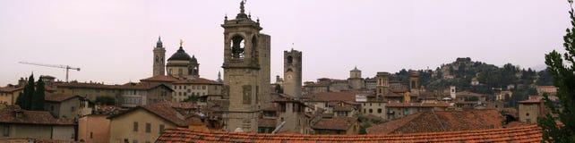 Bâtiments dans la ville médiévale de Bergame Images libres de droits