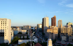 Bâtiments dans le Dar es Salaam Photos stock