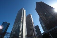 Bâtiments dans Shinjuku, Tokyo, pendant le matin Photographie stock